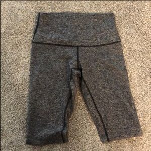 Size 8 lululemon Wunder Under leggings